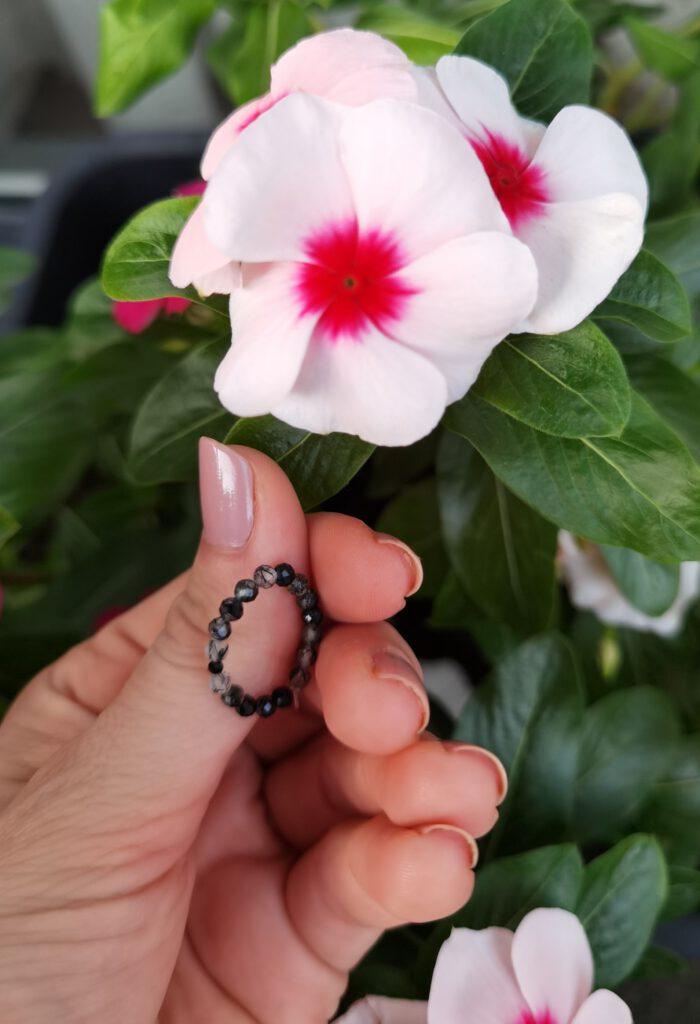 Pierścionek elastyczny JADEIT black